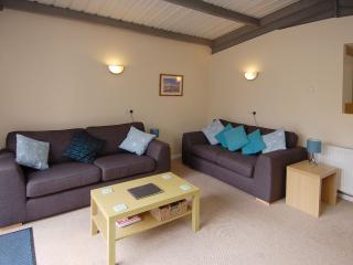 Bright House with Internet Access and DVD Player - Seaborough vacation rentals