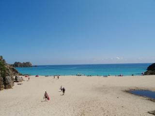Convenient House with Internet Access and DVD Player - Porthcurno vacation rentals