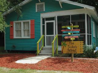 Charming Cottage with Internet Access and Dishwasher - Bay Saint Louis vacation rentals