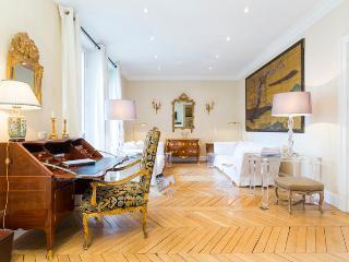 Louvre Royal - Paris Luxury Vacation Rental - Paris vacation rentals