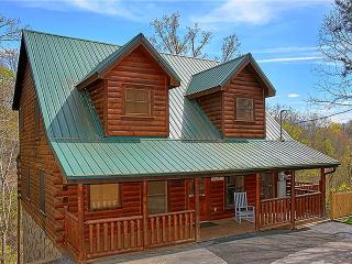 Beautiful Cabin with Internet Access and Mountain Views - Sevierville vacation rentals