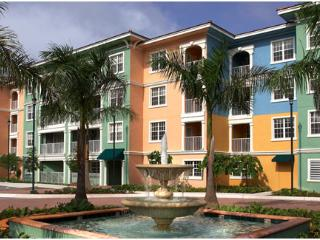 Mizner Place: 2-BR Lockoff, Sleeps 8, Full Kitchen - Weston vacation rentals