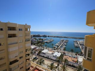 Apartment PP33 - Estepona vacation rentals