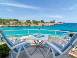 BARQUETA - Property for 4 people in Portocolom (Felanitx) - Cala Marcal vacation rentals
