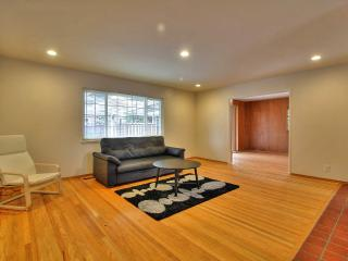 Beautiful 3br Single Story Townhome with Pool - Sunnyvale vacation rentals