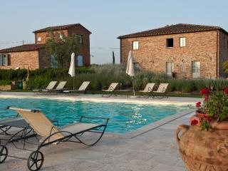 Romantic 1 bedroom Marciano Della Chiana Condo with Internet Access - Marciano Della Chiana vacation rentals