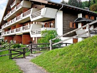 Sunny 2 bedroom Condo in Sainte-Croix with Dishwasher - Sainte-Croix vacation rentals