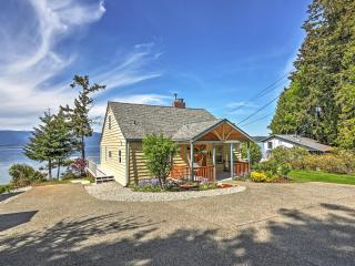 'Mountain View Beach House at Seabeck' 4BR Home w/Wifi, Private Beach Access & Expansive Yard - Breathtaking Views of Olympic National Park! - Seabeck vacation rentals