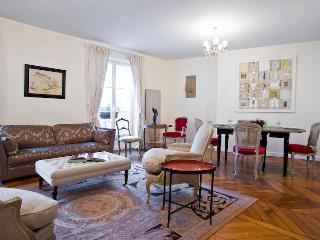 St. Germain des Pres Bonaparte Vacation Rental - Paris vacation rentals
