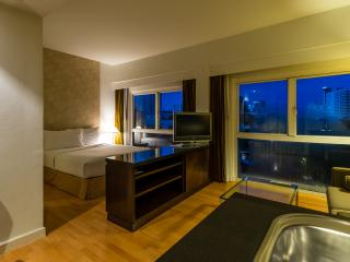 Studio Room in RCG Suites Pattaya - 1 - Pattaya vacation rentals