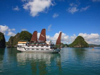 Bright Halong Bay Houseboat rental with Internet Access - Halong Bay vacation rentals