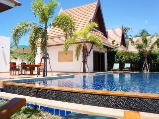 Comfortable 3 bedroom House in Phe - Phe vacation rentals