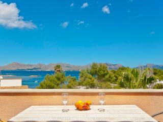APARTMENT WITH VIEWS OF THE SEA - Alcudia vacation rentals