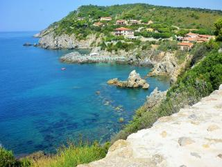 Talamone sea view apartment - Talamone vacation rentals