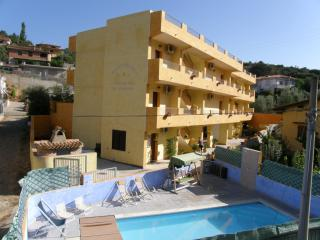 Bright 2 bedroom Condo in Fluminimaggiore with Internet Access - Fluminimaggiore vacation rentals
