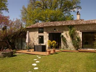 Gîte de charme **** en Dordogne : Armandine - Monestier vacation rentals