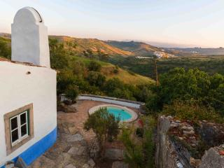 Aldeia da Mata Pequena with private pool (6 pers) - Mafra vacation rentals