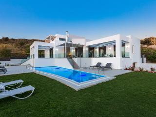 Villa Eolia, beach relaxation! - Rethymnon vacation rentals