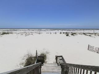 Dorothy: A Gulf Front Duplex on Gulf Shores Beach with Private Beach Access! - Gulf Shores vacation rentals