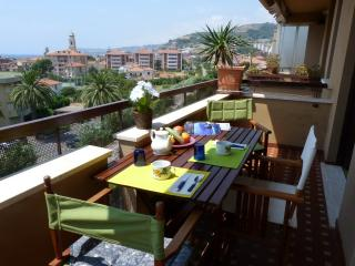 Lovely Santo Stefano al Mare Studio rental with Television - Santo Stefano al Mare vacation rentals