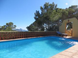 Cala Conta - Can Sorpresa Abajo, pool&beach - Es Cubells vacation rentals