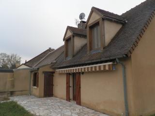 Gîte très agréable avec vu sur le village médiéval - Parnac vacation rentals