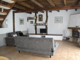 Lovely 2 bedroom Vacation Rental in Chateaubriant - Chateaubriant vacation rentals