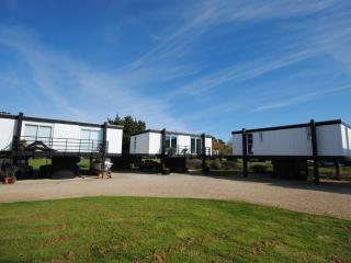 Bright 2 bedroom Vacation Rental in Emsworth - Emsworth vacation rentals