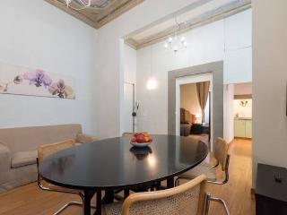 Flospirit Duomo luxury apartment - Florence vacation rentals