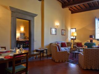 Palazzo Antellesi -  Apt. GIOTTO - Florence vacation rentals
