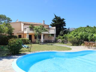 141220 Sunny Mallorcan Villa with pool Pollensa - Pollenca vacation rentals