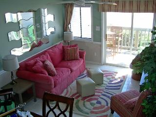 Nice Townhouse with Internet Access and Washing Machine - Oak Island vacation rentals