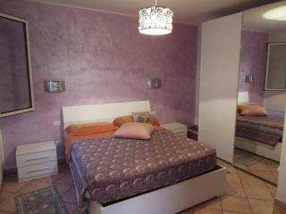 Cozy 3 bedroom Rivazzurra di Rimini Apartment with Central Heating - Rivazzurra di Rimini vacation rentals