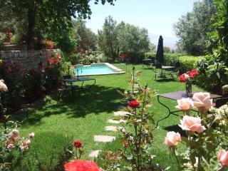 hébergement, piscine AGUERGOUR baptême parapente - Aguergour vacation rentals