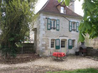 Comfortable 2 bedroom Vacation Rental in Chablis - Chablis vacation rentals