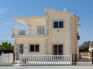 Villa Tia - 3 Bedroom Villa - Nissi Beach - Ayia Napa vacation rentals