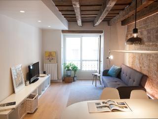 AFFRESCO APARTMENT - Verona vacation rentals