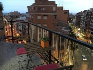 Views on the sea & mountains. Guest house. Rooms. - Alicante vacation rentals