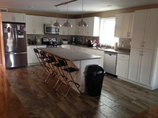 Spacious 3 Bedroom Luxury Townhouse - Thunder Bay vacation rentals