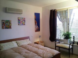 Erice Beach apartment in villa - Pizzolungo vacation rentals