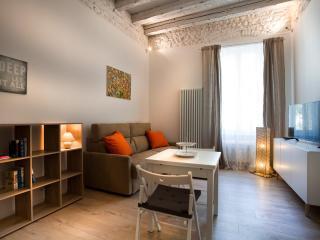 STUDIO BIJOUX - Verona vacation rentals