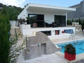 Modern Bungalow with private pool - Cala Llonga vacation rentals