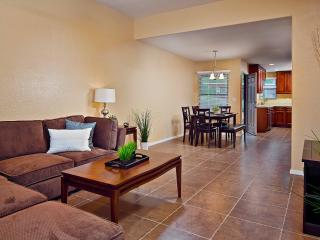 Luxury Condo Located in Ventana Canyon! - Tucson vacation rentals