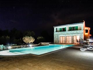 Red Apartment Borgo Sv. Nicolo - Umag vacation rentals