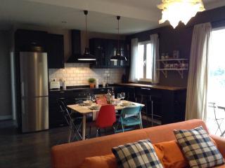 Amazing Apartment Escorial- with views - San Lorenzo de El Escorial vacation rentals