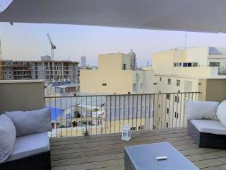 KING GEORGE/ DUPLEX WITH BALCONY - Tel Aviv vacation rentals