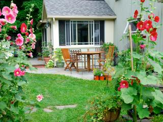 Garden Cottage In The Catskills - Chichester vacation rentals