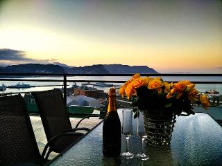 Popular & Luxury Home With Great Views - Simon's Town vacation rentals