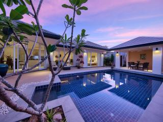Lipa Talay Saam - Lipa Noi vacation rentals