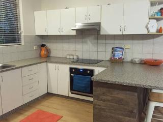 Nice Condo with Internet Access and A/C - Darwin vacation rentals
